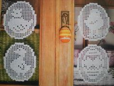 20 Inspiring FREE Filet Crochet Patterns: Filet Crochet Easter Decorations