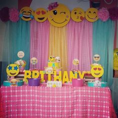 Image may contain: bedroom and indoor Balloon Decorations Party, Birthday Party Decorations, 10th Birthday Parties, Diy Birthday, Emoji Theme Party, Smiley, Interior, Birthdays, Party Ideas