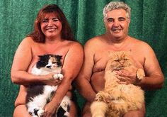 Naked whith cats