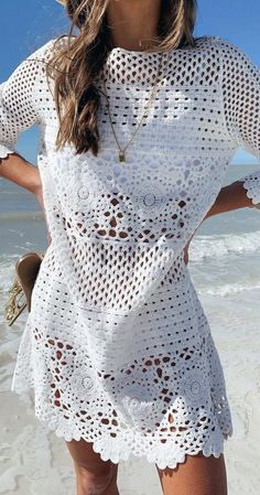 Throw on the Willow Off White Crochet Swim Cover-Up over your bikini and hit the beach bar! Crochet lace shapes this sheer swim cover-up with a rounded neckline and three-quarter length sleeves. Bikini Crochet, Crochet Lace Dress, White Crochet Dresses, Crochet Baby, Easy Crochet, Crochet Top, Crochet Cover Up, Long Sleeve Crop Top, Short Sleeve Dresses