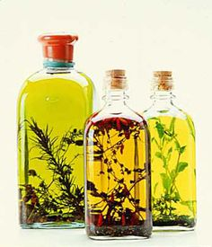 DIY Herb Infused Olive Oil is a great holiday gift. #DIY #gifts