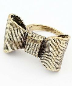 Retro Gold Bow Ring pictures