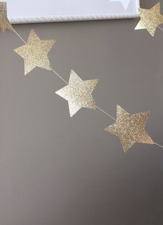 Gold Glitter 10 ft Star Paper Garland Twinkle by MilaPhilipa