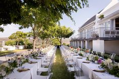 Spring is such a wonderful season. It brings promise of the good things to come. With warmer days that flow into cool evenings – it's perfect for outdoor dinner parties and weddings! Book your dream wedding with Bona Dea Private Estate! 📷 :@lindavosphotography #BonaDeaPrivateEstate #SpringWedding #WeddingInspiration Perfect Wedding, Our Wedding, Wedding Venues, Dream Wedding, Wedding Weekend, Spring Wedding, Bar Catering, Outdoor Dinner Parties, Bride Sister