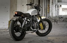 Suzuki GN250 Street Tracker by Shanghai Customs #streettracker #motorcycles #motos | caferacerpasion.com