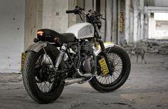 Suzuki GN250 Street Tracker by Shanghai Customs #streettracker #motorcycles #motos   caferacerpasion.com