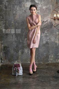 Купить Валяное платье «Розовый поцелуй» - бледно-розовый, street style, валяное платье