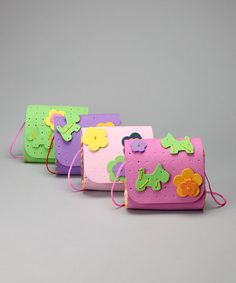 Daisy & Terrier DIY Purse Set $11.99 (was 24.00) at zulily.com. Set includes 6 purses (colors will vary).