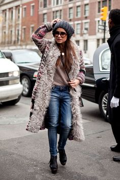 Thick knit bean, furry coat and jeans - cute winter outfit