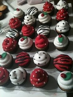 Love this for a lady bug theme. Just make a lady bug cake then these babies to go with it...