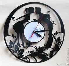 Рј (700x671, 514Kb) Vinyl Record Crafts, Vinyl Record Clock, Record Art, Vinyl Art, Clock Art, Diy Clock, Records Diy, Aluminum Foil Art, Laser Cut Box