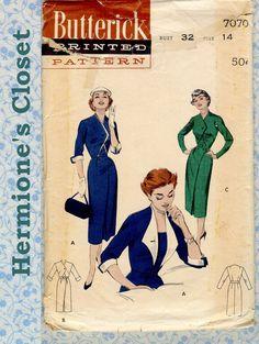 Cartamodelli anni cinquanta 7070 manca giorno Wiggle gonna di Abito donna staccabile revers cucire modello - dimensione 14 busto 32 rara Vintage completa di HermionesCloset su Etsy https://www.etsy.com/it/listing/208146063/cartamodelli-anni-cinquanta-7070-manca