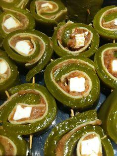 Receta de Sushi de Tortilla de Maíz, Nopal, Frijol y Queso Oaxaca, Bañados en Salsa Verde