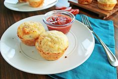 I know what you're thinking, how can pizza possibly be good as a muffin? Well, friends, let me tell you. These little pizza muffins are p...
