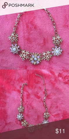 Floral necklace Gold and pink floral necklace Francesca's Collections Jewelry Necklaces