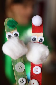 Craft stick Santa and Elf. There's a reindeer too! = Happy Hooligans