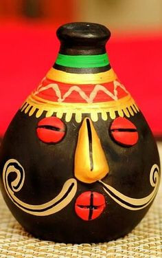 Hand painted terracotta salt or pepper Holder from UnravelIndia.in