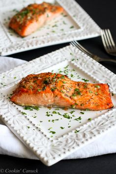 Maple Dijon Baked Salmon...A flavorful, healthy and easy dinner recipe. 237 calories and 6 Weight Watchers PP | cookincanuck.com