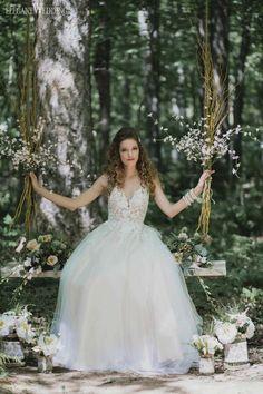 Floral Swing Wedding Ideas, Floral Wedding Swing, Flower Swing Wedding Decoration, Whimsical Swing Wedding Decor | A Rustic Fairytale Garden Wedding Theme | ElegantWedding.ca