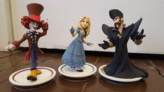 Alice Through the Looking Glass Figures have come to Disney Infinity! Alie, Time, and Mad Hatter have joined the ranks of the 3.0 Toy Box!