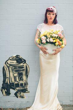 Vintage Rose Garden Bridal Inspiration - Peggy Saas Photography
