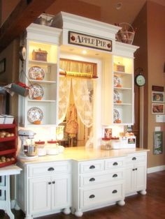 One of my favorite kitchens and pantry of all time~ Aunt Ruthie's Sugar Plum Farmhouse