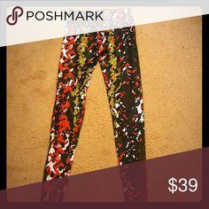 Onzie pants Camouflage pattern in red, white, green, navy onzie Pants Leggings