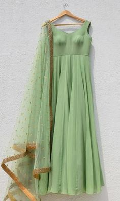 The Peach Project - The Peach Project – WaliaJones Source by - Party Wear Indian Dresses, Party Wear Lehenga, Dress Indian Style, Indian Wedding Outfits, Indian Outfits, Indian Clothes, Half Saree Designs, Saree Blouse Designs, Long Gown Dress