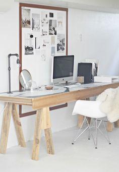 É criativa, gosta de um DIY e não se incomoda em colocar a mão na massa?! Olha essa mesa que, de meia dúzia de mandeiras inutilizadas, virou um super móvel único e bem charmoso! É simples, mas tão diferente e fora do óbvio, curti o ambiente todo!