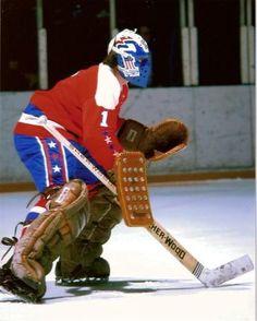 Ron Low / Washington Capitals Caps Hockey, Hockey Helmet, Ice Hockey Teams, Hockey Goalie, Hockey Games, Nhl, Washington Capitals Hockey, Cool Photos, My Photos