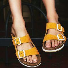 Brand new Birkenstock Arizona soft footbed sandals Brand new Birkenstock Arizona soft footbed sandals size euro 37 Birkenstock Shoes Sandals