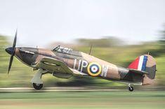 Hawker Hurricane landing at Shuttleworth panning at Aircraft Photos, Ww2 Aircraft, Military Aircraft, Panning Shot, Hawker Hurricane, Ww2 History, Ww2 Planes, Battle Of Britain, Air Show