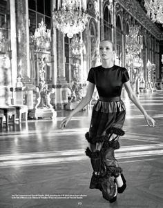 When fashion becomes legend: the great photographers and dior. #dior @dior #exhibition #hautecouture #paris #rome #fall #winter #2014 #2015 #fashion #style #women #womenfashion #bookmoda
