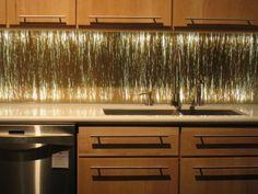 Who says kitchens have to be boring? Not us! Here are 20 inspiring kitchen backsplash ideas and pictures.