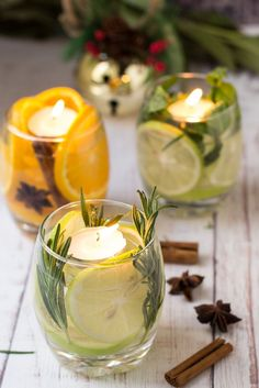 Cheap Table Decorations, Decoration Table, Table Centerpieces, Candle Decorations, Diy Candles, Candle Jars, Design Candles, Diy Birthday Gifts For Sister, Christmas Table Settings