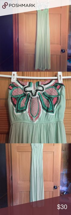 Mint Maxi This is a super cute mint maxi, only worn once. Fits great size small (I'm 5'6 and 125 lbs). No wear on it. Buckle Dresses Maxi