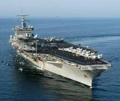 095 - El USS Enterprise (CVN-65), antes CVA(N)-65, es un portaaviones de la Armada de los Estados Unidos. Es el octavo barco de la marina estadounidendese con ese nombre. Fue el primer portaaviones nuclear del mundo y actualmente es el buque de guerra más grande que existe, con 342 m,