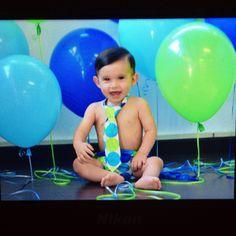 Diego Ibarra Barraza smash the cake Session #straitfromcamera #preview #nikon #smashcake #oneyear #baby #fun #hortephoto #handsome