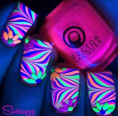 Rave party nails
