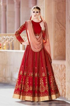 Looking to Buy Lehenga Online: Buy Indian lehenga choli online for brides at best price from Andaaz Fashion. Choose from a wide range of latest lehenga choli designs. * Express delivery, Shop Now! Lehenga Choli Online, Bridal Lehenga Choli, Indian Lehenga, Silk Lehenga, Bollywood Lehenga, Indian Wedding Outfits, Bridal Outfits, Indian Outfits, Choli Designs