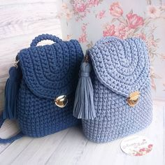 Marvelous Crochet A Shell Stitch Purse Bag Ideas. Wonderful Crochet A Shell Stitch Purse Bag Ideas. Crochet Handbags, Crochet Purses, Crochet Bags, Crochet Baskets, Crochet Animals, Crochet Backpack, Backpack Pattern, Bag Pattern Free, Knitted Bags