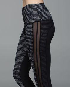 Lululemon Wunder Under Pant  Luxtreme (Roll Down) - Stripe Play Slate Black    Black 68c1365ea