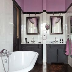 Nice colours for the bathroom Beautiful Bathrooms, Powder Room, House Colors, Interior Architecture, Classic Style, Sweet Home, New Homes, Colours, Shower