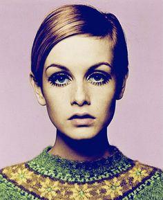 La revista Time realizo un vasto recuento de 100 iconos de moda. Personas que nos inspiran tanto diseñadores, modelos y musas que hacen que seamos Fashionistas :D