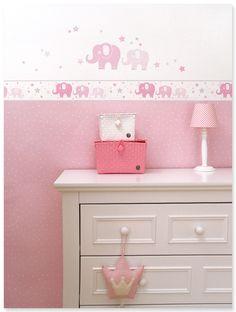 Elefanten Girls rosa/grau: Klassisches Babyzimmer in rosa, weiß und grau mit Elefanten-Wandgestaltung und passenden Accessoires