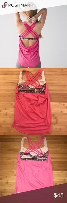 Lululemon Free To Be Wild Tank EUC Sz 2 Size 2, size dot confirmed. Doesn't come with padding with you can ask for free ones at the store. No stains, no tears, no pilling. It is in Regular used condition but still have plenty of life left. NO TRADES. Cheaper through 🅿️🅿️ lululemon athletica Tops