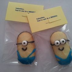 DIY homemade valentines. Valentine, You're One In A MINION! Milano cookies, cake icing, candy eyeballs. Cute idea! Could also use for teachers gifts, classroom student gifts, thank you presents, neighborhood block party snacks, etc. Despicable Me 2 party