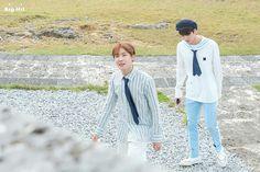 J-Hope and Jin ❤ BTS X STARCAST! BTS 2018 Season's Greetings NAVER Photo's~ (Original: m.star.naver.com/news/end?id=10195256) #BTS #방탄소년단