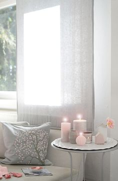 Wohnzimmer Farben rosa weiß vintage Deko Kissen Gardinen | Wohnen ...