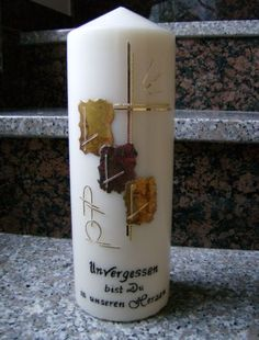 Selbstgestaltete Kerzen - TRAUERKERZEN Candle Making, Pillar Candles, How To Make, Home, Candles, Candle Decorations, Candle Holders, Candle Art, All Saints Day